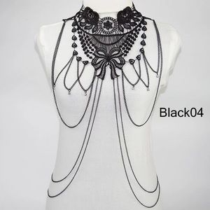 Jewelry - Collar Necklace with chains , NWT 👍🏻🖤🎶